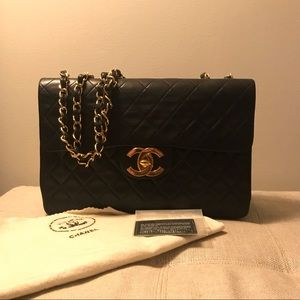 Vintage Chanel XL Jumbo Flap Bag (lambskin)